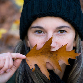 AUTUMN KISS by Paula NoGuerra - People Portraits of Women ( woman, portraits of women, autumn, portrait, people )