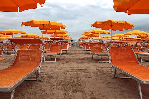 Orange beach di romano