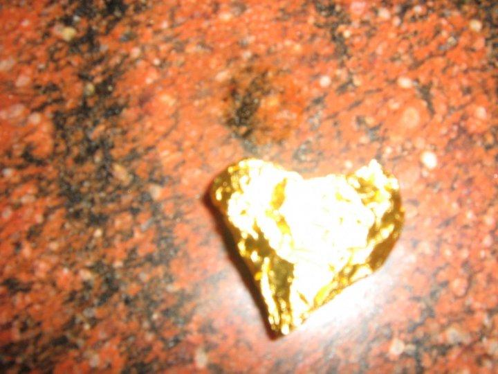 Un piccolo cuore d'oro di ytse_jam