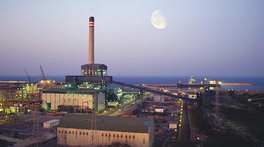 Sacyr se postula ya para el negocio de desmantelar la Térmica de Carboneras