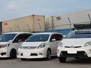 アイシス ZGM15W プラタナリミテッド4WDのカスタム事例画像 レナカズさんの2020年06月10日22:25の投稿