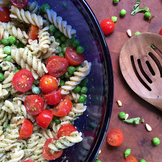 Perfect Pesto Pasta Salad Recipe for the Holidays + $160 Amazon Giveaway
