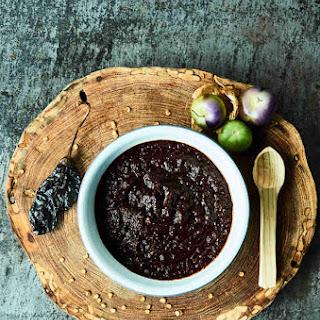 Chile Pasilla Tomatillo Salsa Recipe