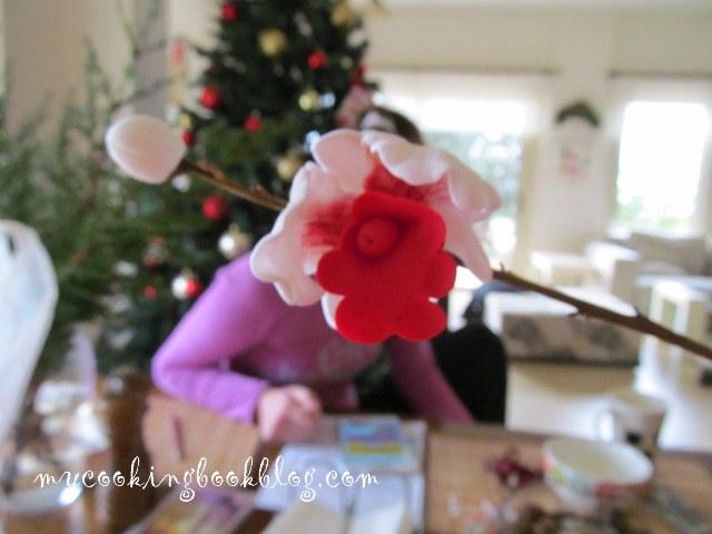 Орхидея от захарно тесто