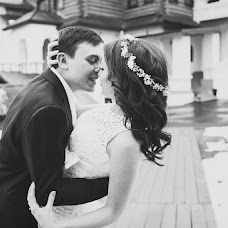 Wedding photographer Vera Mikhaylyuk (VeraMikhaylyuk). Photo of 16.04.2014