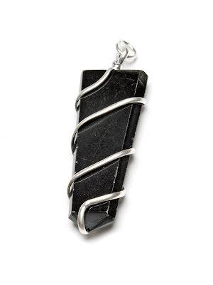 Obsidian, spets i stor silverpläterad spiral