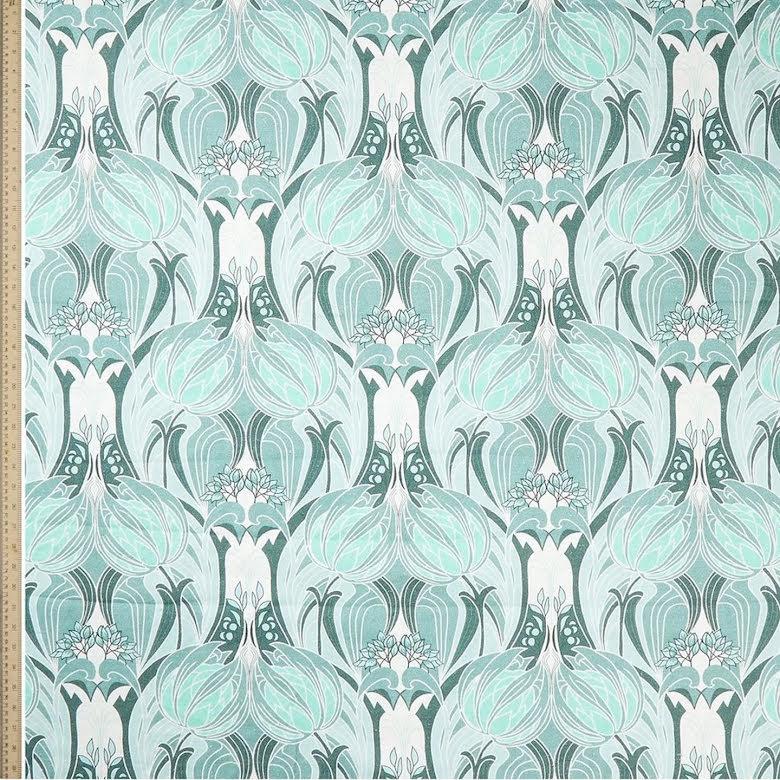 Katherine Noveau Emberton Linen in Jade från Liberty Fabrics Interiors