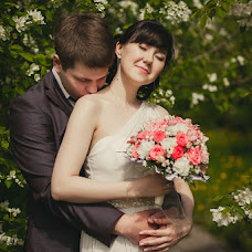 Wedding photographer Ekaterina Urumbaeva (junyanv). Photo of 22.06.2013