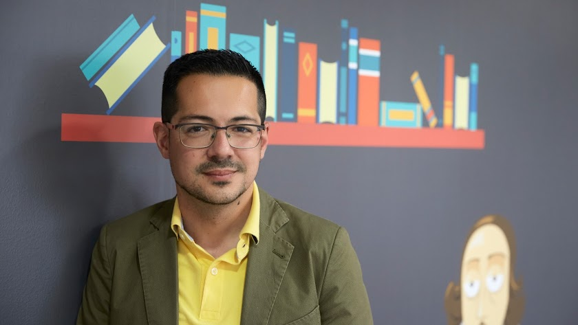 Alberto Cerezuela, fundador de Editorial Círculo Rojo. Foto: José Ortiz Fotógrafos