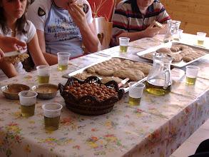 Photo: m pane, nocciole, tisana.... crema di nocciole