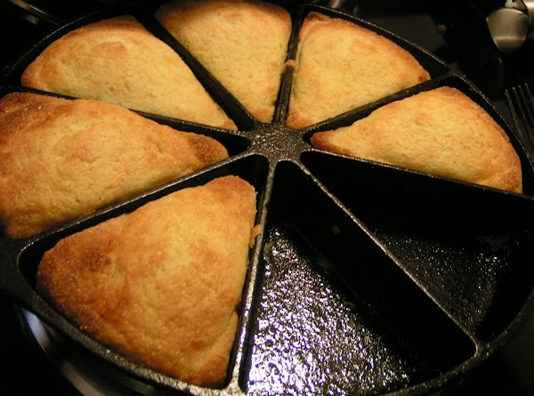 Spoon over rice and serve with oven fresh sweet cheesy cornbread.   Enjoy!