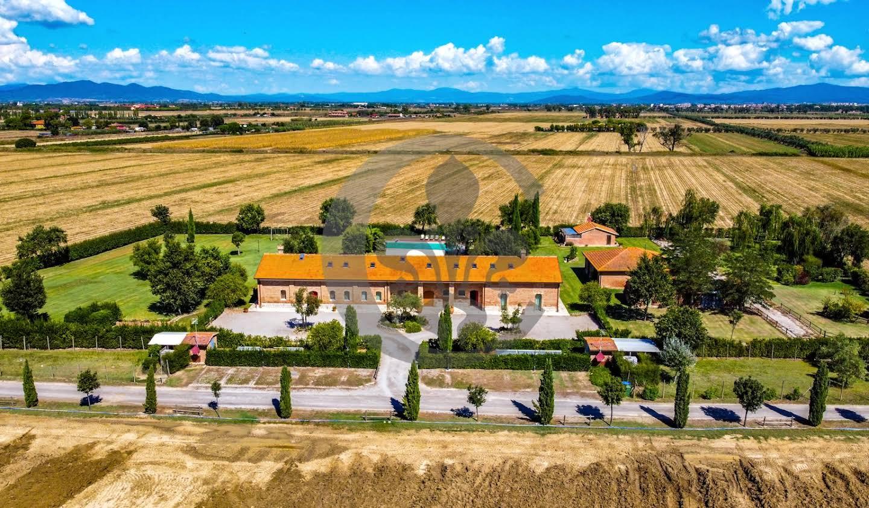 Corps de ferme avec jardin et piscine Grosseto