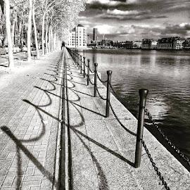 by Jonny Wood - Instagram & Mobile iPhone (  )