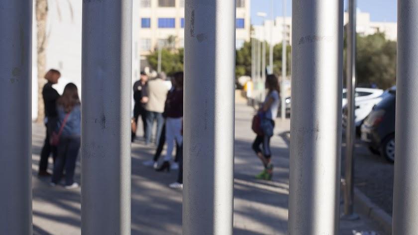 Imagen de víctimas de violencia de género asistiendo a jornadas de autoprotección de Diputación.