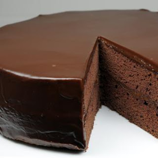 Flourless Chocolate Cake with Chocolate Glaze