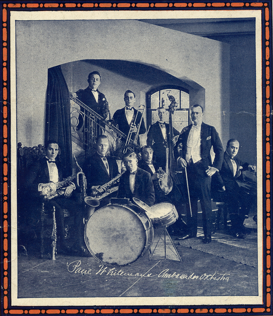 Paul Whiteman's Band in 1921.jpg
