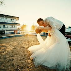 Wedding photographer Arina Romanova (richy). Photo of 11.10.2013