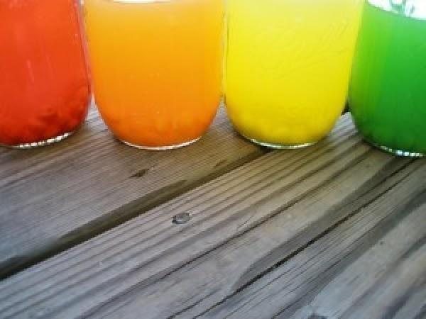Pour 1.5 cups of vodka into each mason jar.  Put a lid on...