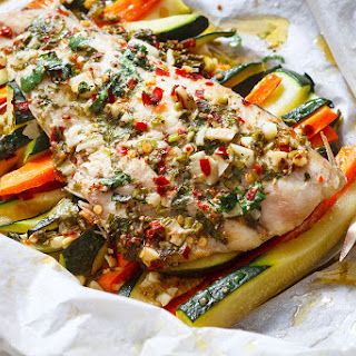 Lemon Garlic Butter Fish in Parchment.