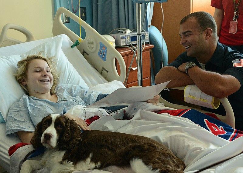 File:Le Bonheur Children's Hospital visit 141017-N-OT405-186.jpg
