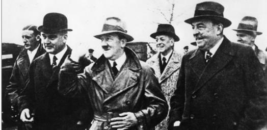 Von links nach rechts: Albert Vögler, Adorf Hitler, Fritz Thyssen und Walter Borbet.