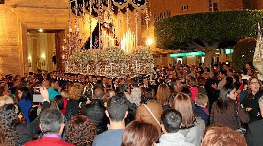 La Semana Santa da comienzo en la provincia con pregones y procesiones
