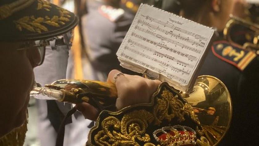 El Carmen de Almería y la banda del Cautivo de Málaga interpretaron juntas en Viator 'En cuerpo y sangre'.