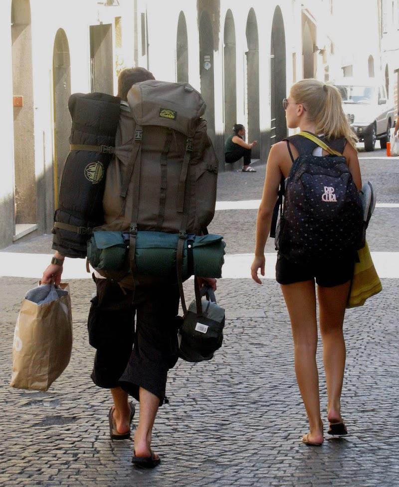 In Viaggio con il Facchino. di Elisabetta Di Girolamo