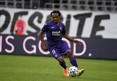 Percy Tau manquera à Anderlecht, mais devra muscler son jeu en Premier League