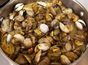 Clams in White Wine Cream Sauce