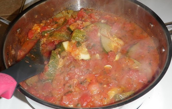 Summer Stewed Zucchini And Tomatoes Recipe