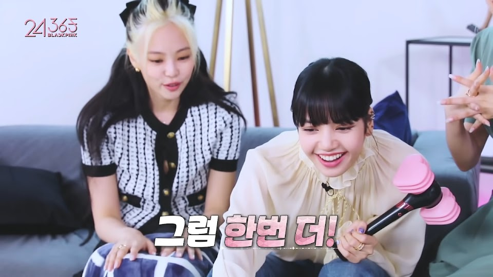 BLACKPINK - '24_365 with BLACKPINK' EP.2 16-40 screenshot