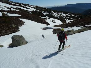Photo: Buscando los pasos con nieve