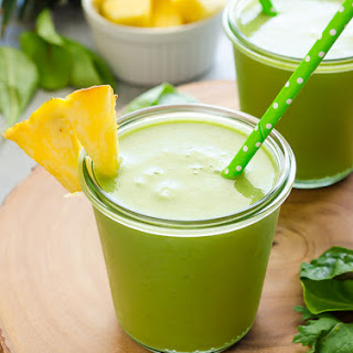 Power Green Pineapple Smoothie