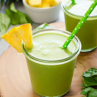 Power Green Pineapple Smoothie.