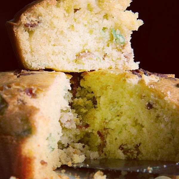 From Instagram: Bacon and green onions cornbread http://instagram.com/p/sLQXWAPYIw/