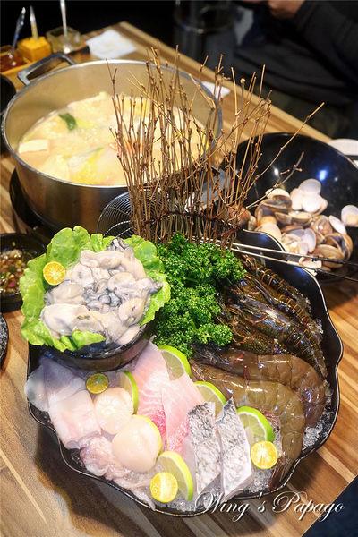 極蜆鍋物。台北海鮮火鍋/豐富蜆精高湯/豪華小龍蝦海陸套餐體驗/民生社區美食。