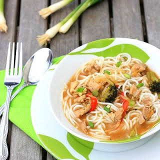 Chinese Chicken/Vegetables Noodle Soup.