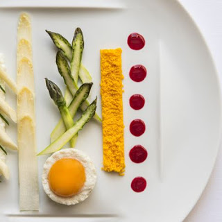 Asparagus And Bio Eggs With Ricotta Cheese.