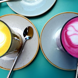 The two colourful vegan latte by Svetlana Saenkova - Instagram & Mobile Android ( yelow, magenta, cafe, drinks, two, latte )
