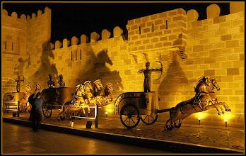 """Photo: Шарм эль Шейх. Во дворце """"Тысяча и одна ночь"""". Много исторических мотивов."""