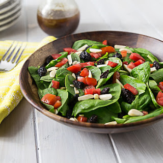 Spinach Salad with Raisins, Almonds, and Tomatoes