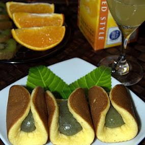 mochi by Pitt N Sartoni - Food & Drink Eating