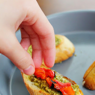 Pesto and Red Pepper Bruschetta