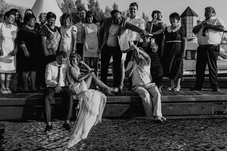 Wedding photographer Viktoriya Romanova (Panna). Photo of 15.11.2017