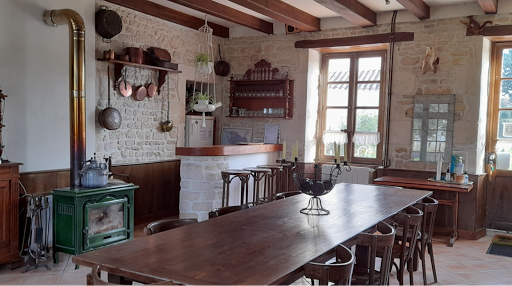 reception-room-bar-and-kitchen-at-the-french-bed-and-breakfast-le-clos-de-la-garenne-between-la-rochelle-rochefort-and-niort