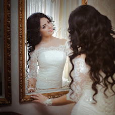 Wedding photographer Oleg Kudinov (kudinov). Photo of 14.02.2017