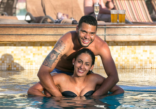 Brazil couple-1.jpg - Two new friends, Ligia Secco and Raphael Todaro from Brazil, in the Silver Spirit pool.