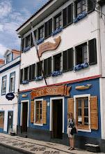 Photo: Hortan (ja ehkä koko Azoreiden) kuuluisin kahvila, Cafe Sport