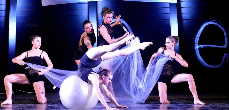 Dance in blu di Cary